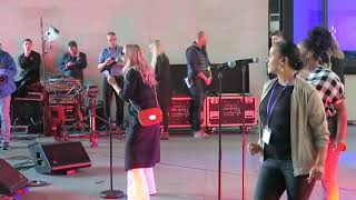 Baixar Emma Bunton Baby Please Don't Stop Soundcheck BBC The One Show