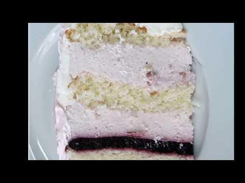 Торт с йогуртовым кремом и ягодным конфи. Воздушный, легкий и очень вкусный!