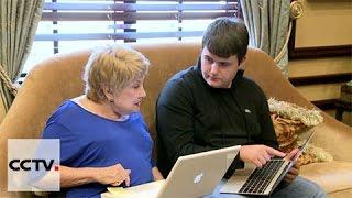 Teens teach smartphone technology, social media to seniors