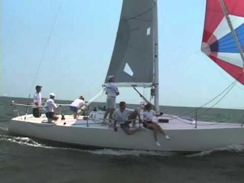 J105-boat.wmv - YouTube