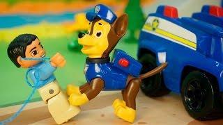 Видео про игрушки щенячий патруль новые серии - Браконьер. Щенячий патруль спасает зайчика.