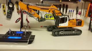 CSMI :  LIEBHERR RC Excavator 960 START SEQUENCE