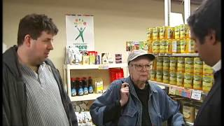 Feeding America's poor - why food stamps won't go away | Channel 4 News