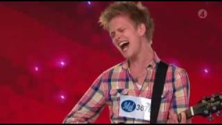 """Idol 2009 Erik Grönwall """"18 And Life"""" Stockholm Sverige"""