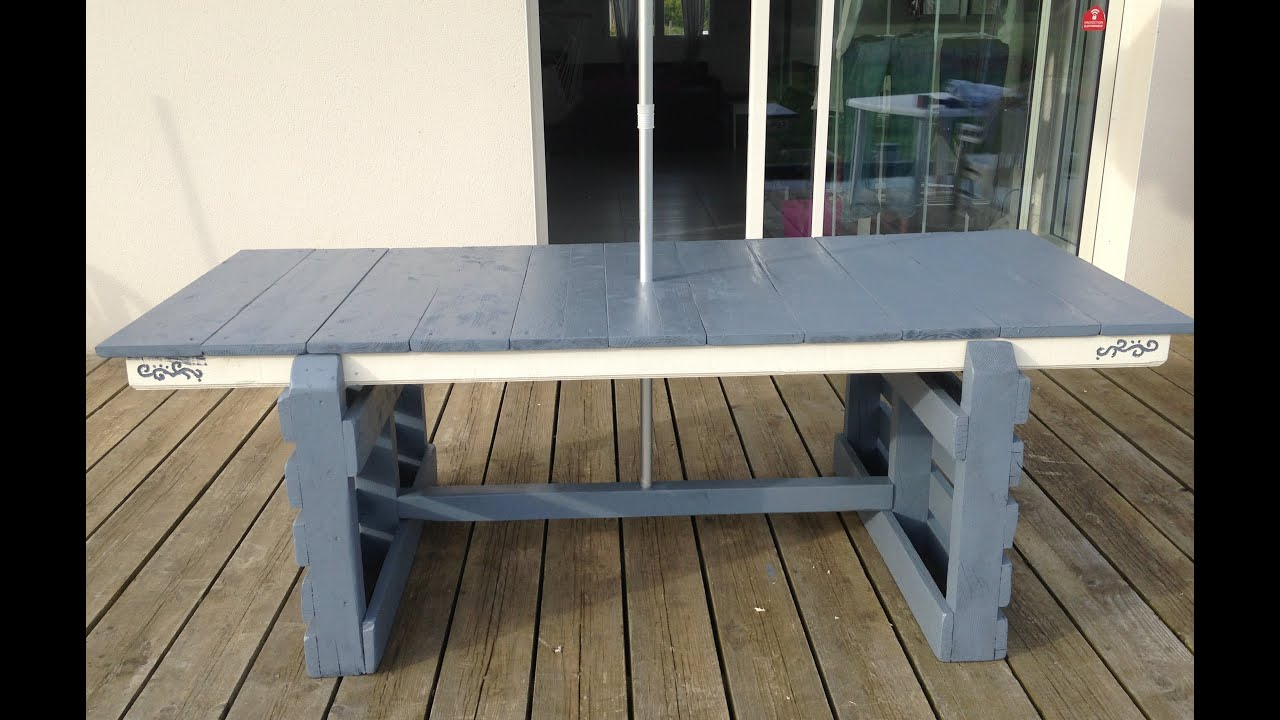 Tuto cr ation d 39 une table de jardin table d 39 exterieur avec palette et r cup youtube - Table de salon en palette ...