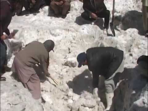 9 Killed As Avalanche Hit Village In Chitral.