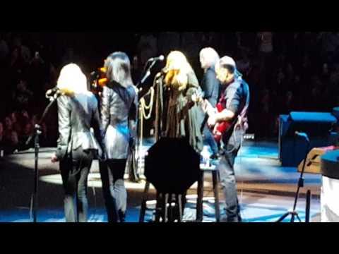 "Stevie Nicks ""Gypsy"" Austin TX 3-12-17"