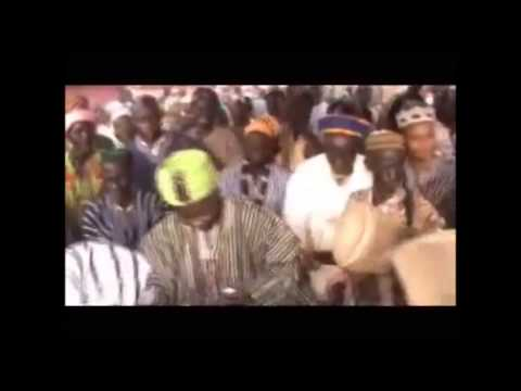 Kampakuya Naa Regent of Dagbon dancing at the Damba Festival in Yendi