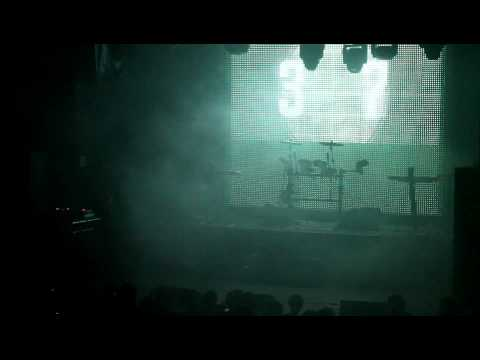 VNV Nation - On-Air (Intro) (live)
