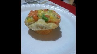 Mini Chicken Or Veggie Pot Pies, Super Tasty And Easy To Do!