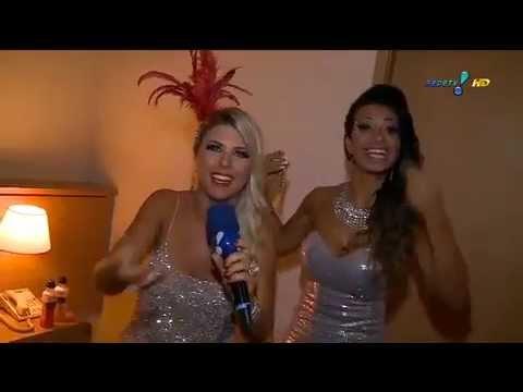 Bastidores do Carnaval : Cinthia Santos ensina truque para &39;colar&39; adereços ao corpo