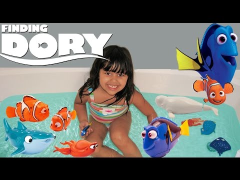 Disney Finding Dory Mega Surprise 7 Toys Dory Nemo Bath Toys Robo Fish