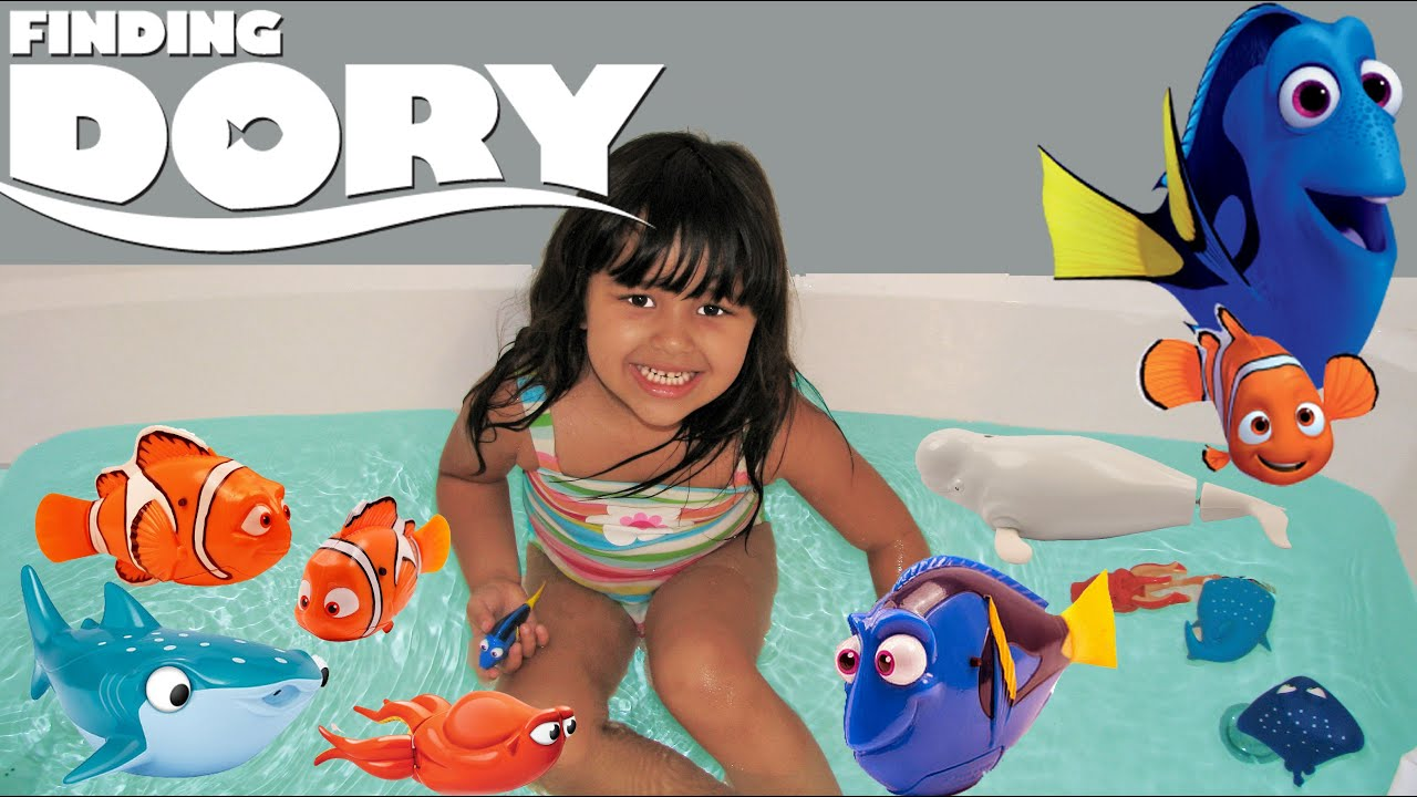 Nemo Bathroom Set Disney Finding Dory Mega Surprise 7 Toys Dory Nemo Bath Toys Robo Fish