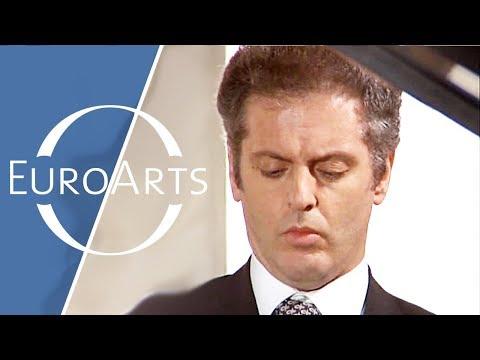 "Barenboim: Beethoven - Sonata No. 15 in D major, Op. 28 ""Pastoral"""
