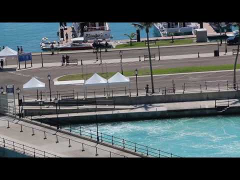 Bermuda Pier Runners - Norwegian Breakaway 05/13/16 (HD)