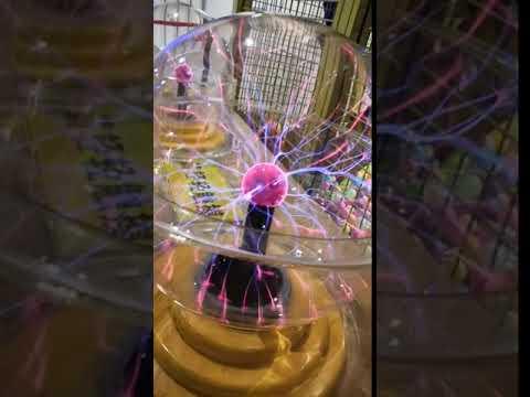 等离子电弧光球 plasma globe in Wuhan technology museum