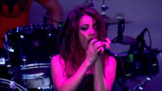 Flyleaf - Full Stage Family Values 2006 HD