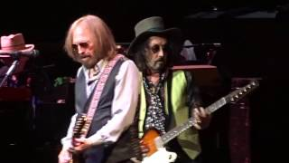 Tom Petty And The Heartbreakers - Runnin