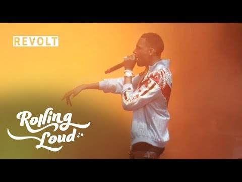 Young Dolph gives $20,000 to two Duke students | Rolling Loud