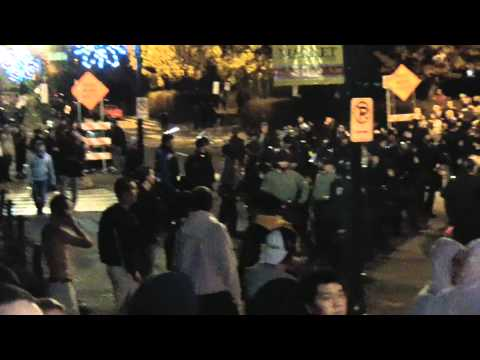 PENN STATE RIOTS - COPS EVERYWHERE