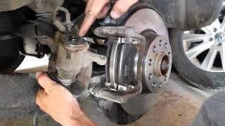 Remplacement des disques et plaquettes de frein arrière sur Volkswagen Tiguan