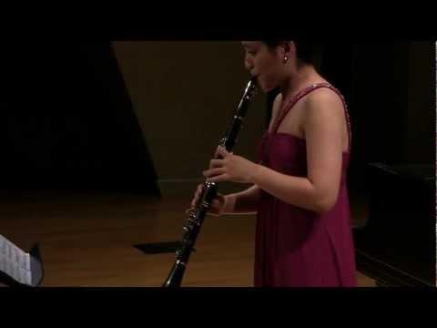 Weber: Clarinet Concerto No. 1 in F minor, Op. 73, I. Allegro moderato, perf. by Stefani Feldman