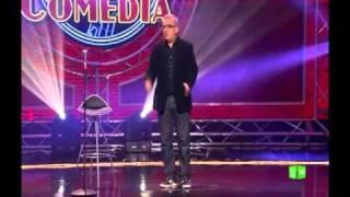 """Fragmento """"El Club de la Comedia""""  - Leo Harlem - """"Poseído por el chándal"""""""