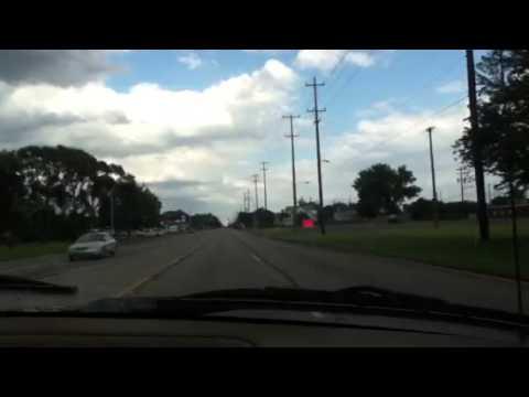 listen to country music in da car :