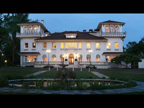 New Jersey Mansion With a Scandalous Past