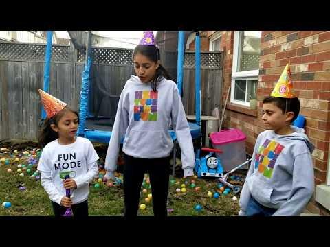Kids Pretend Play with Colored Spider Pinata fun
