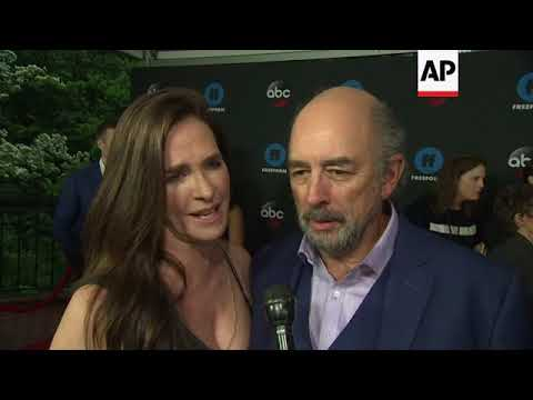 Richard Schiff: 'I'm still upset royalty exists'