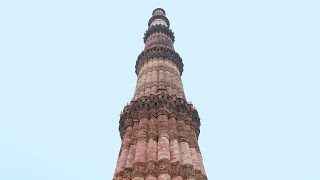 Timelapse of people's activity at Qutub Minar on a rainy day