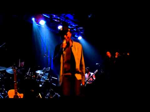 José James(Jazzanova) - Little Bird (Live @ Tivoli de Helling)