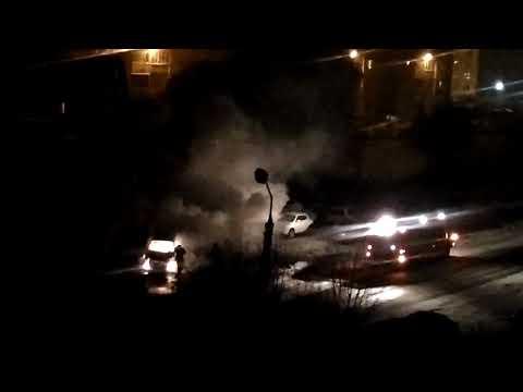 Ночью в Заволжском районе Твери сгорела легковушка