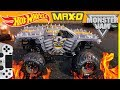 MONSTER JAM VIDEO GAME with REAL HOT WHEELS MONSTER JAM MONSTER TRUCKS MAX D