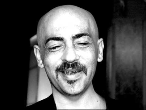 irakli-charkviani-me-gadmovcurav-zgvas-lyrics-irakli-papiashvili