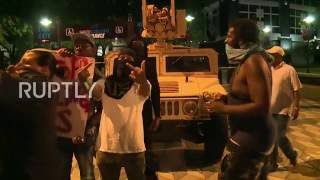 USA: Legal observer sprayed with tear gas during protests in Charlotte