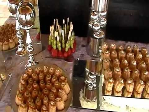 Petit sweet barra de canap s fruta quesos y carnes for Canape para navidad