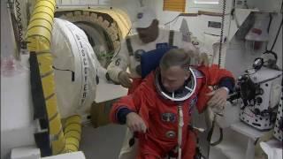 STS-133 Crew Ingress