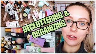 Hey friends! Today I'm going through my makeup and throwing away a ...