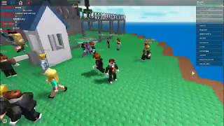 PLAYING ROBLOX FOR FIRST TIME (NATURAL DISASTER)