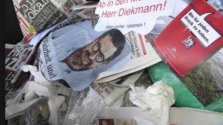 Bildzeitung im Müll. Foto von 2013