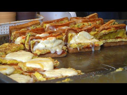 Legendary Food Truck! Mozzarella Cheese Toast/문토스트 본점 근황  - Korean Street Food