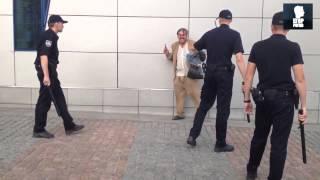 Полиция Украины, новая полиция Украины, новости Украины сегодня«Мужчина, не мешайте работать!»