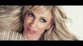 Смотреть клип Debbie Gibson - Girls Night Out