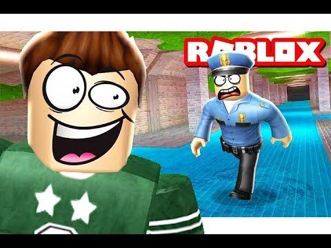 الهروب من السجن عن طريق المجارى فى لعبة roblox !!