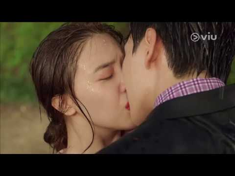 Robot's First Kiss! | MY ABSOLUTE BOYFRIEND 절대 그이 Ep 20Kaynak: YouTube · Süre: 1 dakika57 saniye