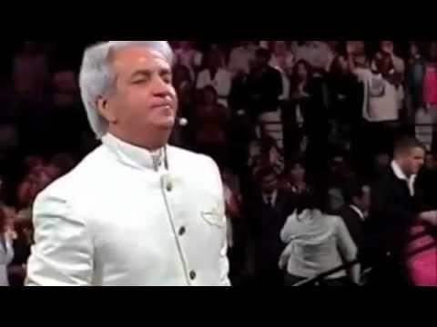 Benny Hinn Sings Worships songs 43 minutes