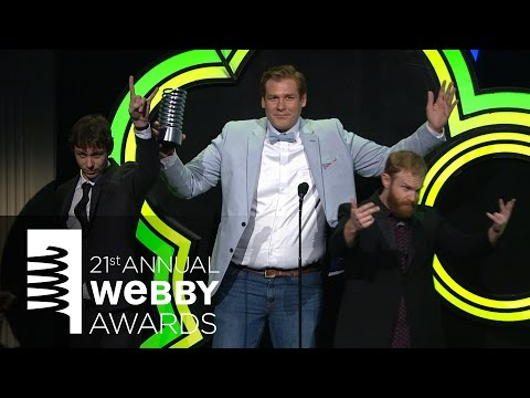 Cave Comedy Radio's 5-Word Speech at the 21st Annual Webby Awards