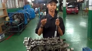 Video How to Overhaul Engine - SMKN 36 Jakarta - Rozikin (XII-TKR) download MP3, 3GP, MP4, WEBM, AVI, FLV Juli 2018